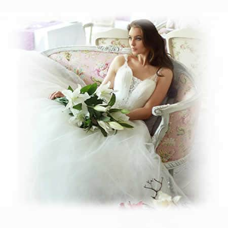Beautiful Bride on Chaise At Kings Oak Hotel