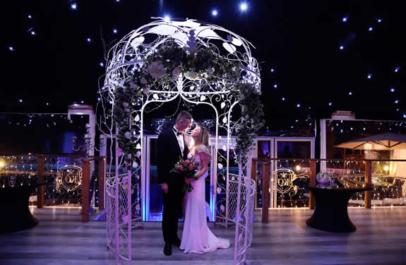 AllInclusive Wedding Package - Married Under the Pergola