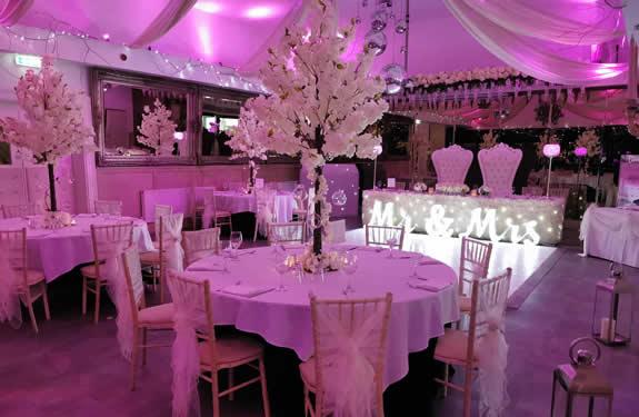 A fabulous wedding reception awaits you at the Kings Oak