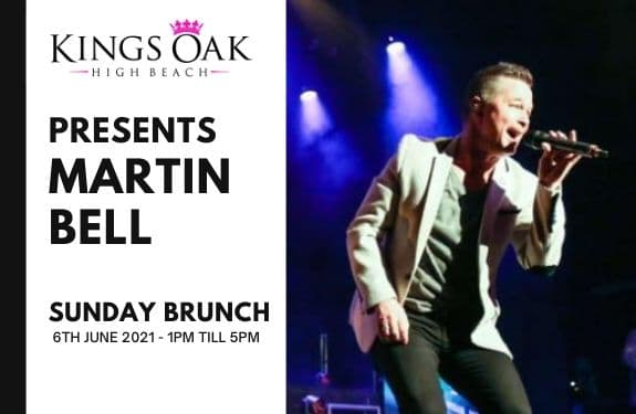 Martin Bell entertains at the Kings Oak for Sunday Brunch